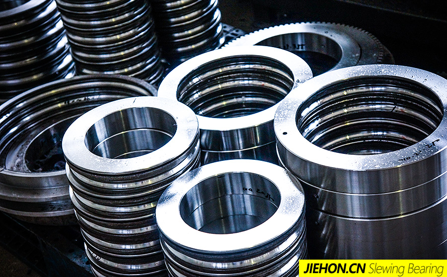 lightweight slewing bearings